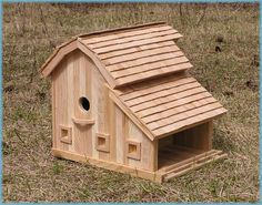 barn Birdhouses   shake roof barn page