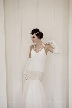 Robe de mari e ann es folle charleston inspiration pinterest - Coiffure annee folle ...