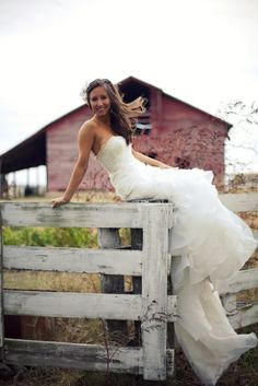 Southern Bride. Barn Wedding.