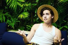 Эстетика с камилой мендес :pig: :cherry_blossom: :ribbon: :heartbeat Sprouse Bros, Cole Sprouse Hot, Cole Sprouse Funny, Cole Sprouse Jughead, Dylan Sprouse, Dylan O'brien, Dylan And Cole, Lili Reinhart, Cole Spouse