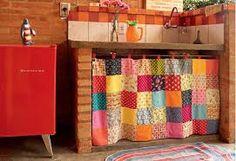Se eu soubesse costurar, encheria a casa de coisas como essa cortininha linda!