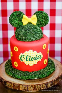 Minnie Mouse smash cake from a Minnie Mouse Sunflower Garden Party on Kara's Party Ideas | KarasPartyIdeas.com (14)