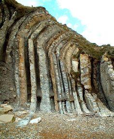 Durdle Door Layers, alternating folds of Portland limestone & shale, near Lulworth | Jurassic, 140 Ma