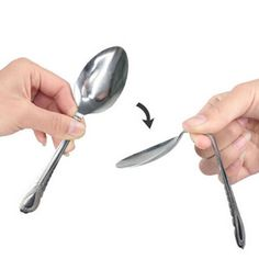 Novelty Mind Bending Spoon Gimmick Close Up Magic Trick Stage Performance Easy Use Repeatedly High Quality