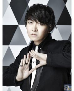 """[News] Daisuke Ono, first one-man live held at the Nippon Budokan decision! The July 1, released the mini album of 1 years 10 months """"Doors""""!http://www.animate.tv/news/details.php?id=1429153493 …"""