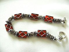 Queen of Diamonds Bracelet | AllFreeJewelryMaking.com