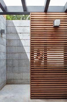 Gallery of Tamalpais Residence / Zack deVito Architecture + Construction - 21