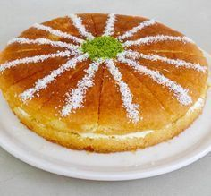 Food and drink dessert Cookie Desserts, Easy Desserts, Pasta Cake, Cake Recipes, Dessert Recipes, Bakery Cakes, Turkish Recipes, Flan, Food And Drink
