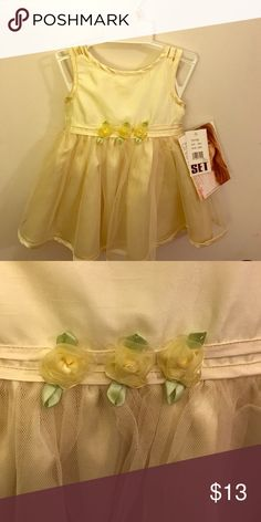 Yellow Easter dress 👗 Yellow Easter dress my daughter got but never wore! Size 12 months Dresses Formal
