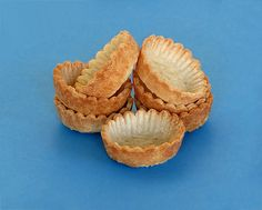 Step-by-Step tutorial to making tartlet shells