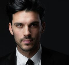 Headshots: Back in Black   Peter Hurley Photography