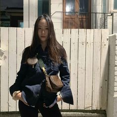 Jessica & Krystal, Krystal Jung, Jessica Jung, Wedding March Music, Taeyeon Fashion, Song Qian, Favorite Movie Quotes, Korean American, Slim Body