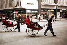 vintage everyday: Rickshaws on Nathan Road, Hong Kong, 1972