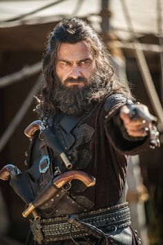 """Black Sails season 3 """"Blackbeard"""" coming 2016. Flipping love this show, the costumes and the music in it."""