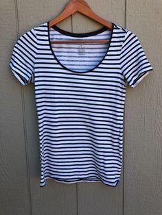 20779aa44dedb Striped American Eagle T-Shirt - vinted.com American Eagle T Shirts