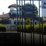 După ce l-au adus în pragul prăbușirii, proprietarii Palatului Regal din Mamaia vor să scape de monument. Ministerul Culturii nu e interesat de soarta clădirii Sud Est, Romania, Prague