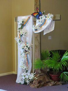 Altar Design, Church Design, Easter Flower Arrangements, Floral Arrangements, Easter Flowers, Easter Altar Decorations, Easter Garden, Church Flowers, Church Banners
