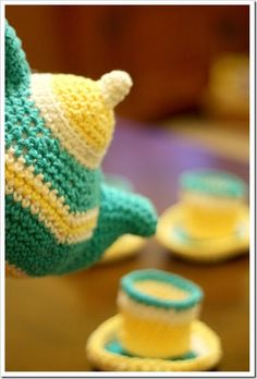 Handmade Christmas–Part 2: Crocheted Tea Set