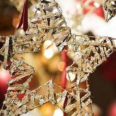 Manualidades de Navidad: Adornos para hacer con Niños - Manualidades para Navidad - Manualidades para niños - Charhadas.com Christmas Wreaths, Holiday Decor, Kids, Google, Christmas Decor, Crafts For Kids, Ornaments, Handarbeit, Star