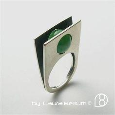 Sterling Ring avec cintre pierres de Jade par LauraBerrutti sur Etsy