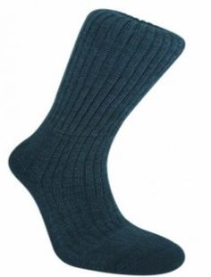 http://www.breakingfree.co.uk/ Bridgedale Merino Fusion Trekker, Mens Universal sock for day-long protection and next-to-skin comfort. Bridgedale construction ensures a dry environment for comfortable and healthy feet. We recommend this Item for the Duke of Edinburgh award scheme, see our comprehensive kit list and other recommended items on our Duke of Edinburgh Kit List