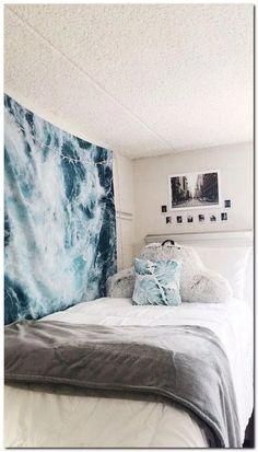 43 Cute Dorm Rooms We're Obsessing Over #dormroomideas #cutedormroom #dormroomdecor ⋆ gratitude41117.com