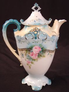 78: Unsigned RS Prussia Tea Pot, blue with pink flowers : Lot 78