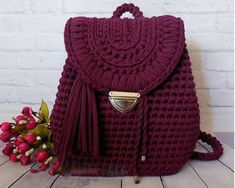 Surprisingly nice backpack gray pink color will become your indispensable companion! You will fall in love at first sight this accessory! It is made of knitting yarn. Dimensions of bag: length height width Shipping time - 2 weeks! I buy on Crochet backpac Crotchet Bags, Knitted Bags, Crochet Handbags, Crochet Purses, Crochet Designs, Crochet Patterns, Knitting Patterns, Crochet Stitches, Knit Crochet