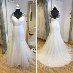 Charlotte Balbier, 'Cara'. Available in size 14. RRP £1295, now just £695! Call 01525 305 008 or email enquiries@lucyhartbridal.com.