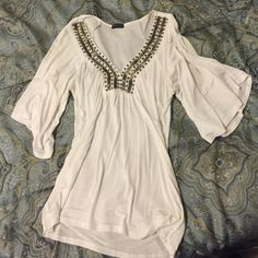 White cute blouse!!! White with wide arms, and empire style. Venus Tops Blouses