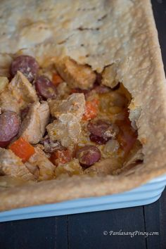 Chicken Pastel is the Filipino version of the Chicken Pot Pie. This recipe is rich and full or wonderful flavors. Pinoy Food, Filipino Food, Filipino Recipes, Asian Recipes, Ethnic Recipes, Chicken Flavors, Chicken Recipes, Chicken Pastel, Pie Crust Dough