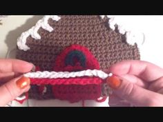 ▶ How to make a Crochet Gingerbread House (Decorating) - YouTube