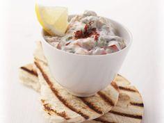 Auberginencreme ist ein Rezept mit frischen Zutaten aus der Kategorie Dips. Probieren Sie dieses und weitere Rezepte von EAT SMARTER!