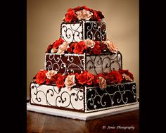 """Great for an Alice In Wonerland """"Queen of Hearts"""" cake WhoMadeTheCake.com - Houston Cakes by Nadine Moon"""