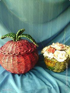 Поделка изделие Плетение Столик и овощь загадка Бумага газетная фото 6
