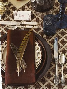 23+ Insanely Beautiful Thanksgiving Centerpieces and Table Settings homesthetics decor ideas (6)