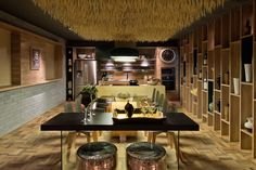 Divulgação Stove, Dining Room, Kitchen Appliances, Table, Design, Furniture, Home Decor, Mario, Bedrooms