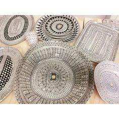Um, just out. Suzanne Sullivan Ceramics, Line Doodles, Color Me Mine, Clay Houses, Sgraffito, Decorative Plates, Arts And Crafts, Porcelain, Tableware