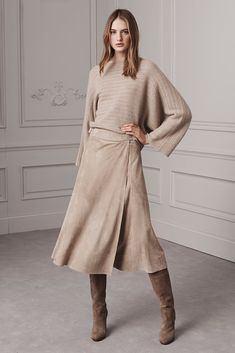 Ralph Lauren Pre-Fall 2016 Fashion Show See the complete Ralph Lauren Pre-Fall 2016 collection. Fall Fashion 2016, Fashion Mode, Fashion Week, Modest Fashion, Autumn Winter Fashion, Love Fashion, Fashion Show, Fall Winter, Autumn Style
