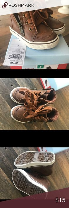 Boys boots Adorable brown/tan boots for toddler boy! Very lightly worn, great condition! Cat & Jack Shoes Baby & Walker