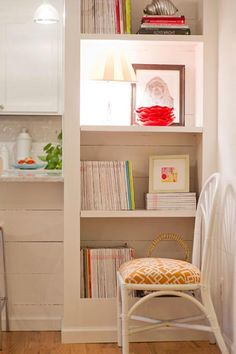 Decorating With Magazines #702parkproject #magazines #decor #styling #budget