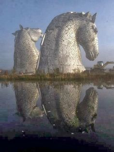 The Kelpies are 30 metre high horse head sculptures, weighing 300 tons each, standing next to the Forth and Clyde Canal in Falkirk, Scotland! ph.detail.cr.via Kimberly Marie - via Michael Allen's photo on Google+