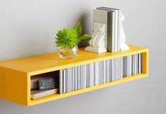 The best DIY projects & DIY ideas and tutorials: sewing, paper craft, DIY. Best DIY Furniture & Shelf Ideas 2017 / 2018 parfait pour une entrée 10 DIY Space Saving Projects To Make This Weekend -Read Floating Mantel Shelf, Modern Floating Shelves, Diy Wall Shelves, Storage Shelves, Shelving Ideas, Storage Ideas, Bedside Storage, Wire Storage, Mounted Shelves