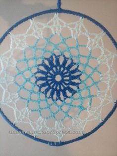 Bildergebnis für mandalas tejidos al crochet patrones Crochet Dreamcatcher Pattern Free, Crochet Mandala Pattern, Doily Patterns, Crochet Squares, Crochet Doilies, Free Crochet Bag, Love Crochet, Knit Crochet, Dream Catchers
