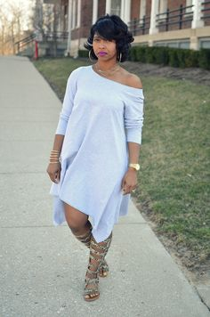 Spring Outfit Idea, Grey Dress, Spring 2015 Not cracked on the sandals but I love the dress! Curvy Fashion, Look Fashion, Plus Size Fashion, Girl Fashion, Fashion Outfits, Womens Fashion, Fashion Trends, Petite Fashion, Fashion Tips