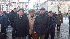 Demo gegen die rot-rot-grüne Gebietsreform in Worbis auf dem Rossmarkt in Erinnerung an den 21.1.1990 mit Besuchern aus den ganzen Eichsfeld.