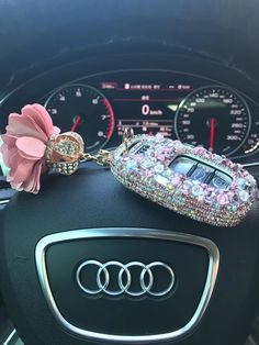Bling Car Key Holder with Rhinestones for Audi – Pink – Car Honda Biz, Carros Audi, Pink Bling, Bling Car, Car Key Holder, Girly Car, Mini Cooper, Car Accessories For Girls, Car Keys