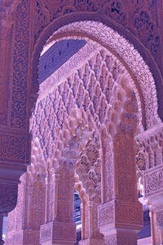 Perfect arch. Xk #kellywearstler #myvibemylife #lavender #color #vibe