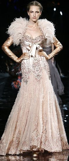 Zuhair Murad – 55 photos - the complete collection Zuhair Murad, Couture Fashion, Runway Fashion, High Fashion, Net Fashion, Beautiful Gowns, Beautiful Outfits, Couture Dresses, Evening Gowns