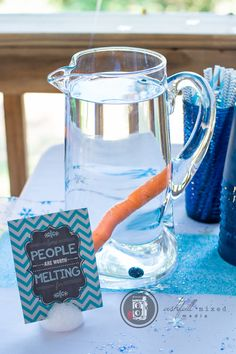 Frozen Birthday party for boy. Water pitcher. Olaf